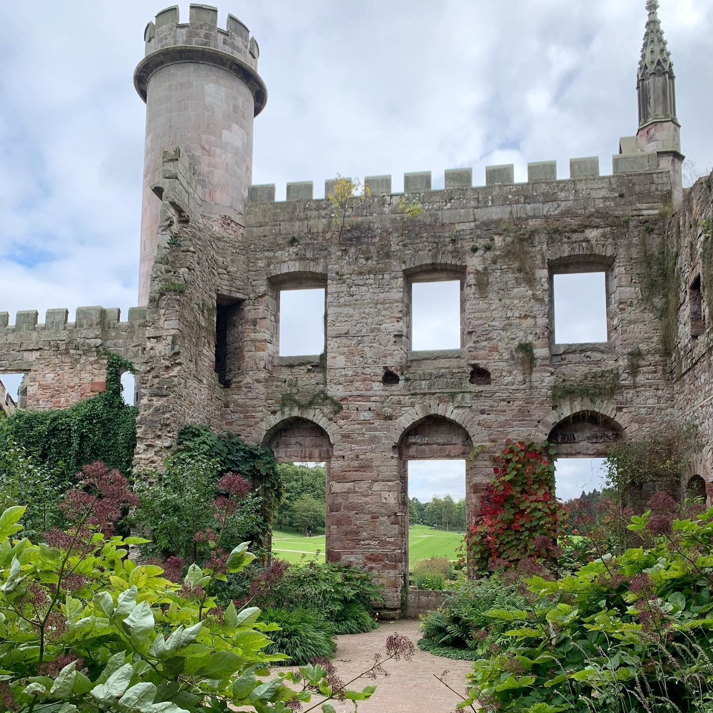 On our last day in the a visit to @lowthercastle The new gardens by @coyotewillow enhance and bring this old ruin to life creating so much atmosphere