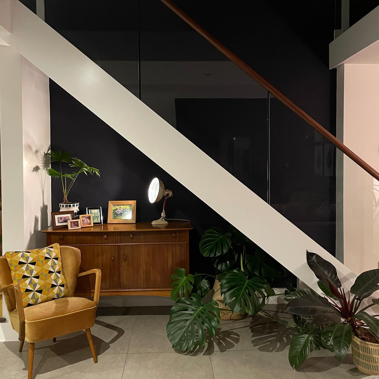 Stairway has totally popped against  @farrowandball love how by night it takes on the feel of the night sky... time for bed!